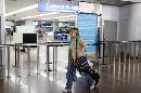 图文:[女足]多曼斯基抵达北京 只身一人