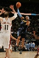 图文:[NBA]掘金胜骑士 艾弗森突破上篮
