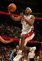 图文:[NBA]掘金胜骑士 詹姆斯快攻杀入篮下