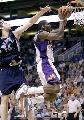 图文:[NBA]太阳胜灰熊 小霸王上篮
