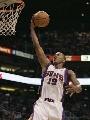 图文:[NBA]太阳胜灰熊 拉加-贝尔突破上篮