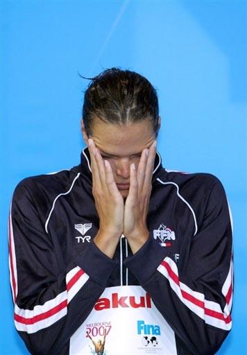 图文:女子100米仰泳决赛 马纳多心情低落