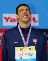 图文:男子200米蝶泳决赛 菲尔普斯乐开花