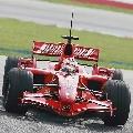 图文:[F1]马来西亚雪邦试车  莱科宁速度最快