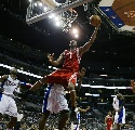 图文:[NBA]火箭VS快船 火箭一号飞身上篮