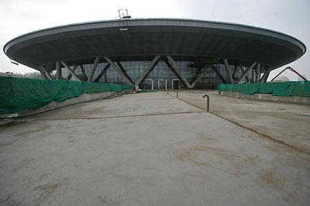图文:老山自行车场馆 场地自行车馆二层外立面