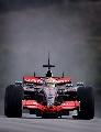 图文:[F1]马来西亚雪邦试车 汉密尔顿在雨中