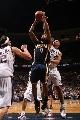 图文:[NBA]步行者负篮网  廷斯利不惧封盖