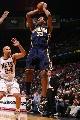 图文:[NBA]步行者负篮网  标准式上篮