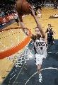 图文:[NBA]步行者负篮网  纳克巴扣篮