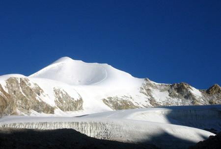赞助西藏(春季)登山大会
