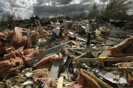 龙卷风袭击美国数州