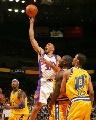 图文:[NBA]勇士灭太阳 马里昂抛射
