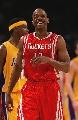 图文:[NBA]火箭VS湖人 阿尔斯通喜笑颜开