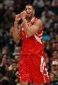 图文:[NBA]火箭胜湖人 麦迪狂庆