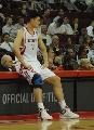 图文:[NBA]火箭vs勇士 姚明准备上场