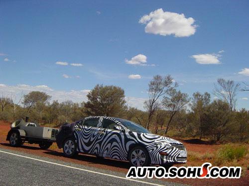 荣威新车在澳大利亚测试谍照
