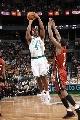 图文:[NBA]热火胜凯尔特人 琼斯难堵戈麦斯