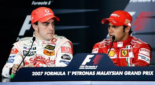 图文:[F1]07马来西亚站排位 车手出席新闻发布
