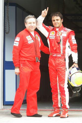 图文:[F1]马来西亚站排位赛 托德与马萨