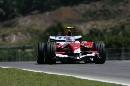 图文:[F1]马来西亚站排位赛 特鲁利进行比赛