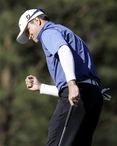 图文:美国高尔夫大师赛第四轮 约翰逊打出小鸟