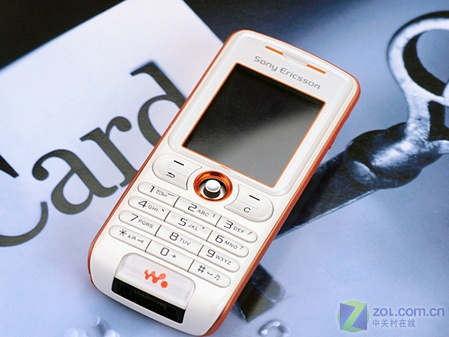 音乐手机中的平民王 索爱W200c低价上市