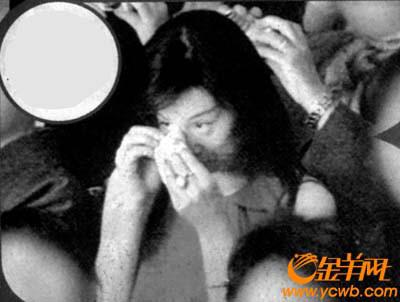 米仓凉子在台下看海老藏演出被感动至哭起来