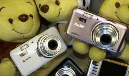 绝色清纯,柯达最新优弧系列数码相机
