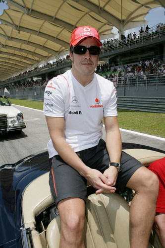 图文:[F1]澳大利亚站正赛 冷静的阿隆索
