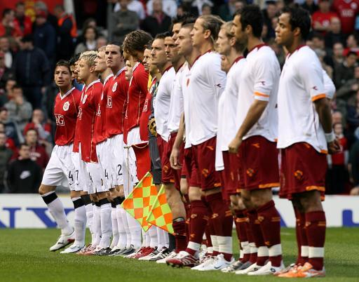 图文:曼联VS罗马 胜利将属于哪一列?