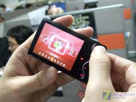 "2GB强芯499元 台电""曲线美""C280上市"