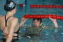 图文:菲尔普斯指导中国少年 关注世界冠军凯蒂