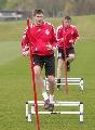图文:利物浦备战冠军杯 杰拉德训练一脸轻松
