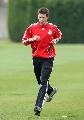 图文:利物浦备战冠军杯 科维尔慢跑寻找状态