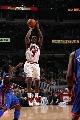 图文:[NBA]公牛大胜尼克斯  古登跳投神准