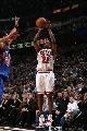 图文:[NBA]公牛大胜尼克斯  杜洪跳投