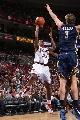 图文:[NBA]76人胜步行者  威廉姆斯跳投