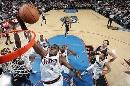 图文:[NBA]76人胜步行者  戴勒姆波特扣篮