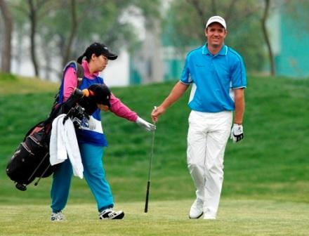 图文:VOLVO中国公开赛第三轮 斯科特心情不错