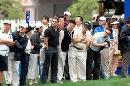 图文:VOLVO中国公开赛第三轮 球迷们聚精会神