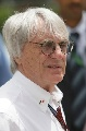 图文:[F1]巴林大奖赛排位赛 伯尼在现场