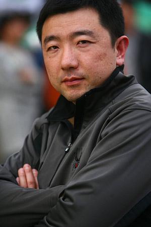 图文:青啤倾国倾城发布会 奥运会射击冠军杨凌
