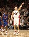 图文:[NBA]猛龙胜活塞  帕克剑指季后赛