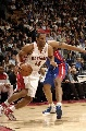 图文:[NBA]猛龙胜活塞  格拉汉姆强突