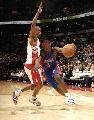 图文:[NBA]猛龙胜活塞  福特快速福特