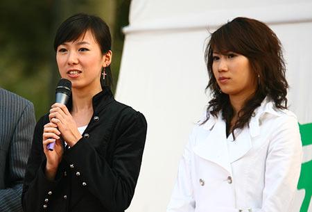 图文:青啤倾国倾城发布会 国际环球旅游小姐