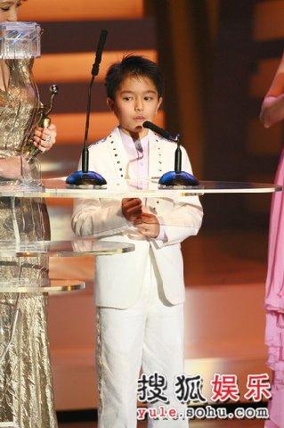 图:吴景滔凭借《父子》获得最佳男配角奖