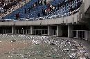 图文:[中超]陕西VS青岛 赛后一片狼藉