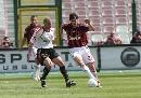 图文:[意甲]梅西纳1-3米兰 卡卡带球突破